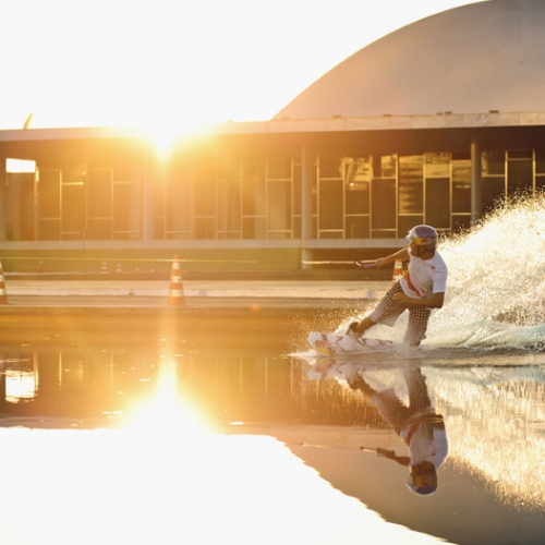 Red Bull Wake Attack - Duncan Zuur wakeboarding at the Brazilian National Congress